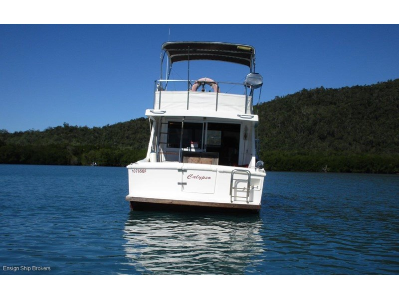 fairway 36 flybridge cruiser 415886 005