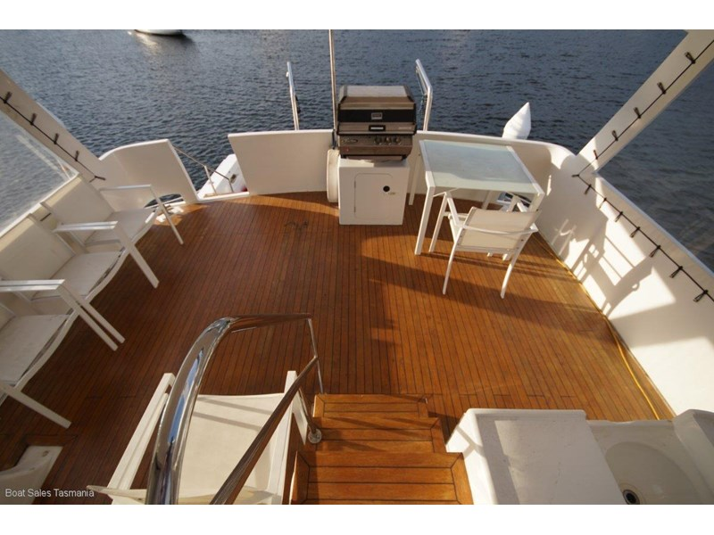 "prima 55 flybridge cruiser ""true blue"" 459627 004"