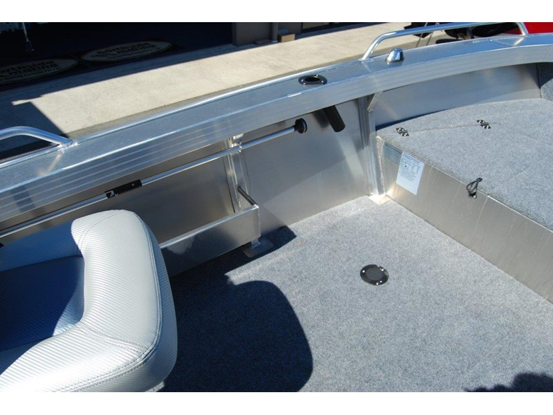 stacer 429 outlaw side console 572379 015