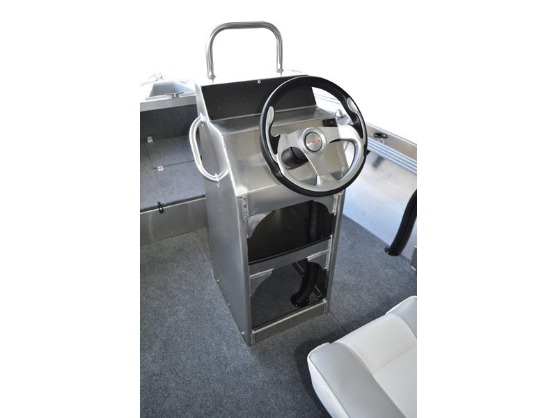 stacer 529 outlaw centre console 572386 004