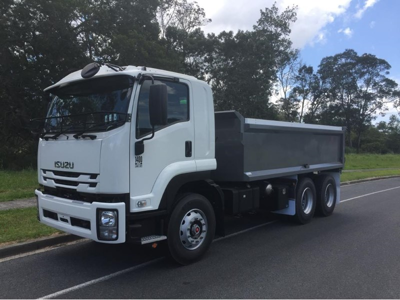 isuzu fvz1400 medium 632746 001