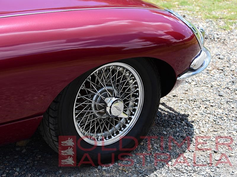 jaguar e-type 656810 022