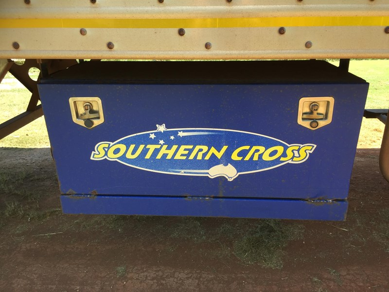 southern cross dry freight van 659573 014