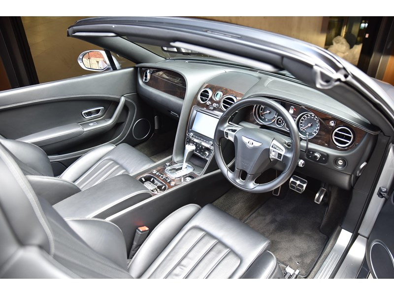 bentley continental gtc 661155 012