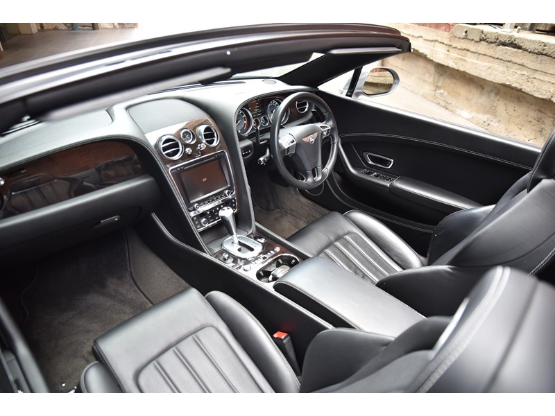 bentley continental gtc 661155 021