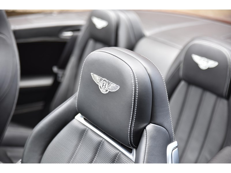 bentley continental gtc 661155 024