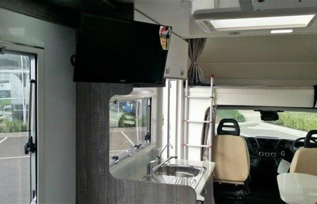 winnebago (apollo) iveco coogee 623362 010