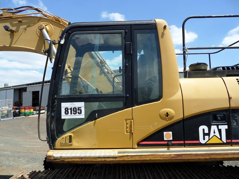 caterpillar 318cln 583276 012