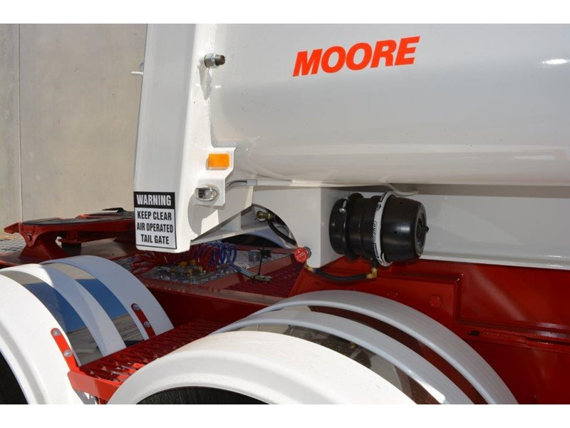 moore sliding a lead - road train chassis tipper 661351 020