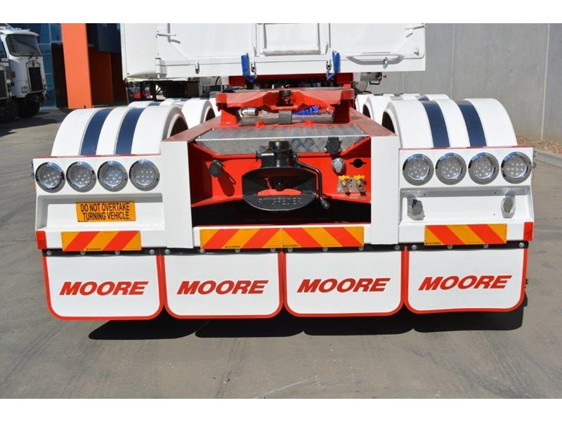 moore sliding a lead - road train chassis tipper 661351 017