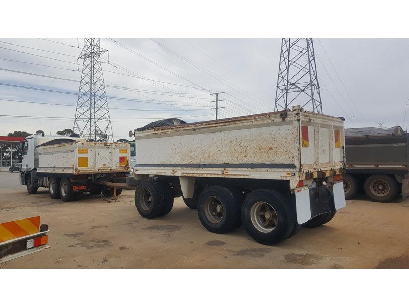 westside 3 axle trailer 663512 002