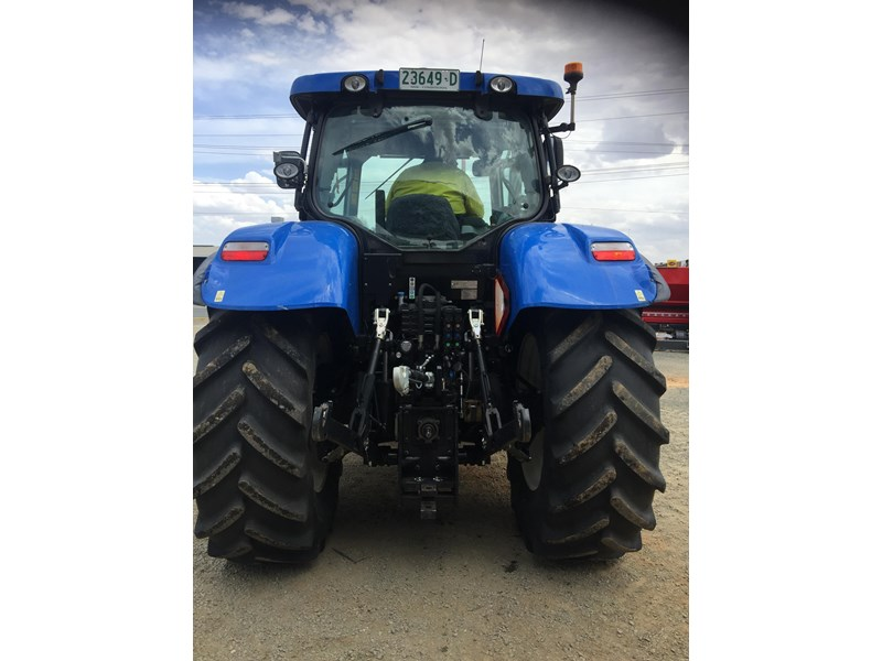 new holland t7.210 auto command 661736 003