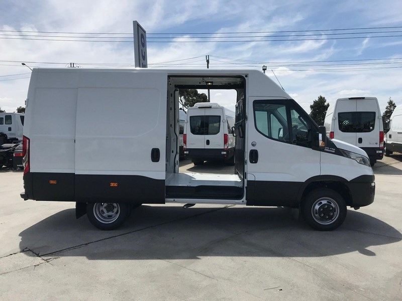 iveco daily 50c17 662800 008