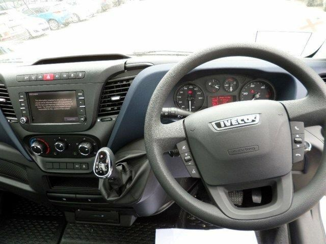 iveco daily 661137 009