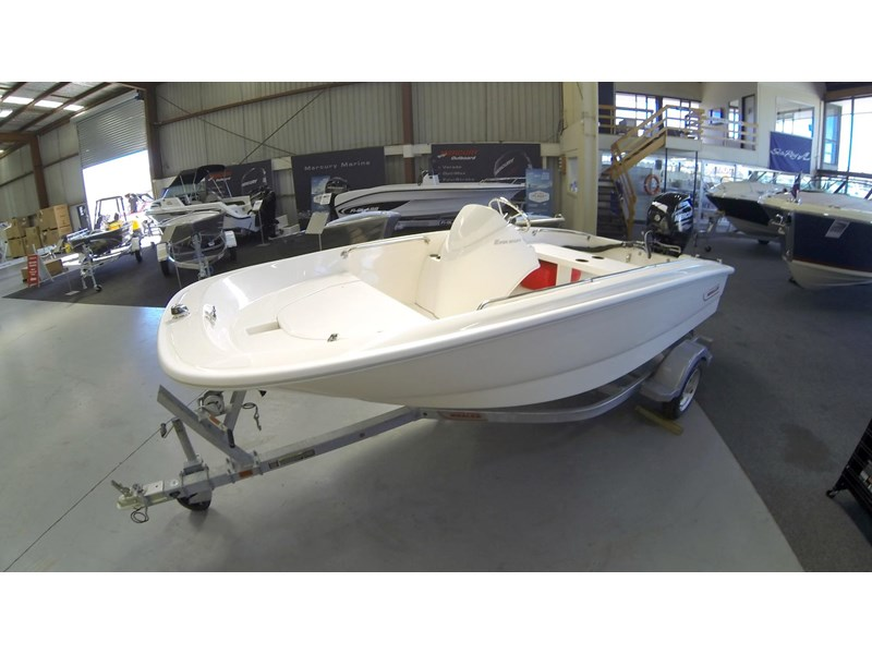 boston whaler 130ss 472930 002