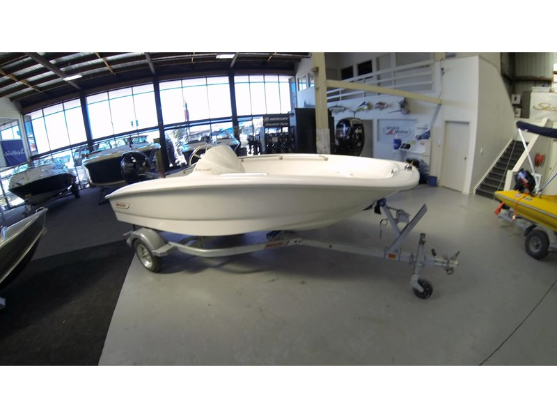 boston whaler 130ss 472930 004
