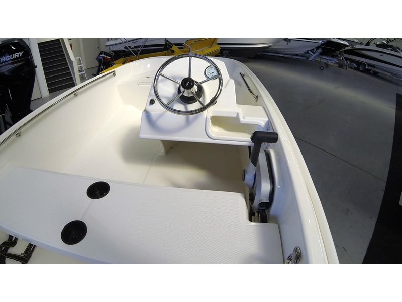 boston whaler 130ss 472930 012