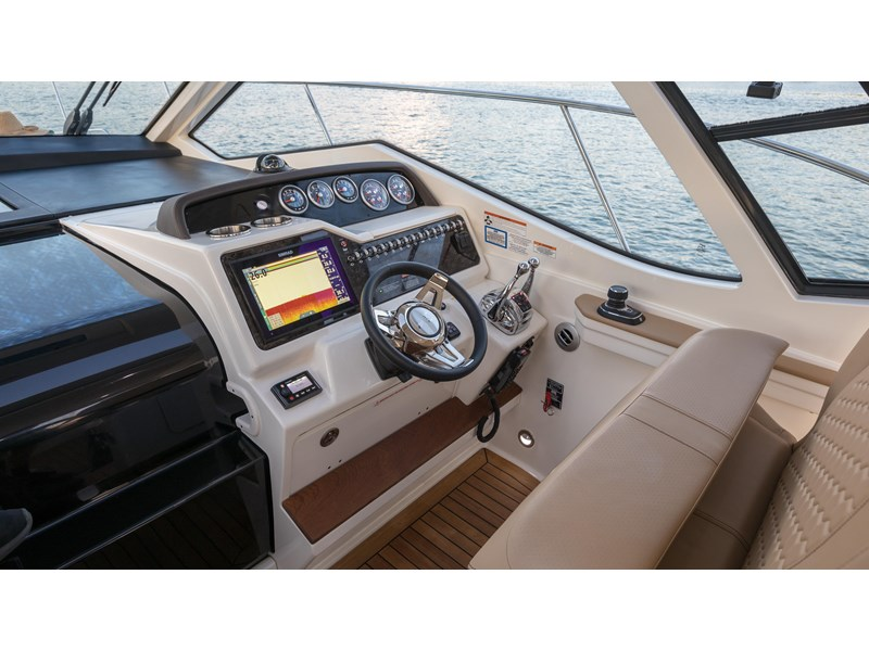 sea ray sundancer 350 coupe 429768 011