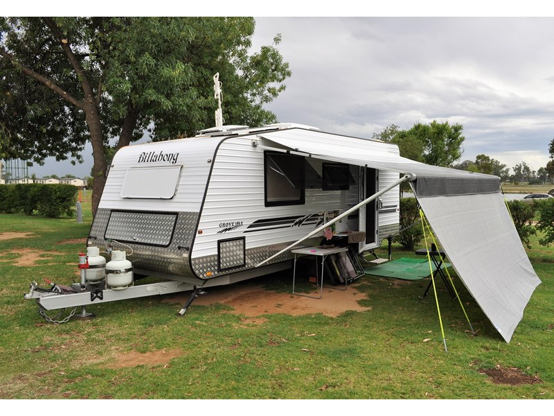 billabong custom caravans grove 186x 664237 002