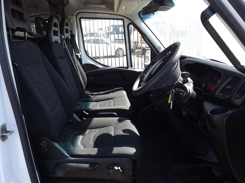 iveco daily 664607 008