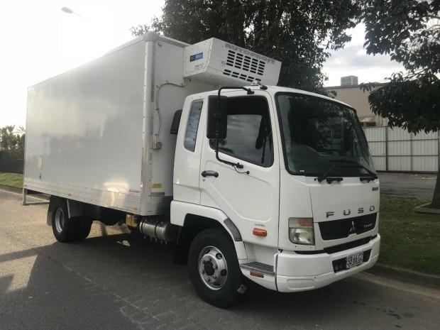 fuso fighter 1024 634131 007