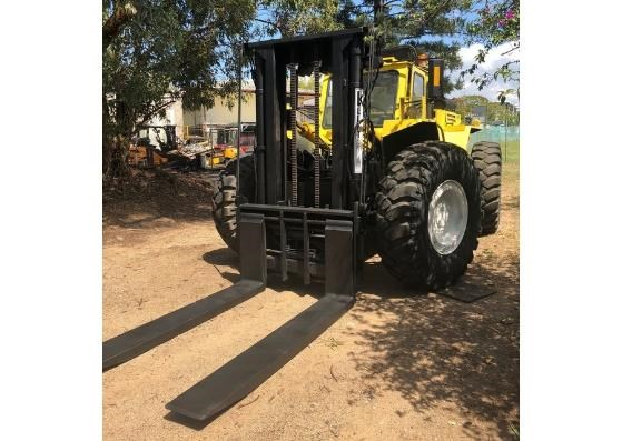liftking lk1600 all terrain 4wd container handler 599440 002