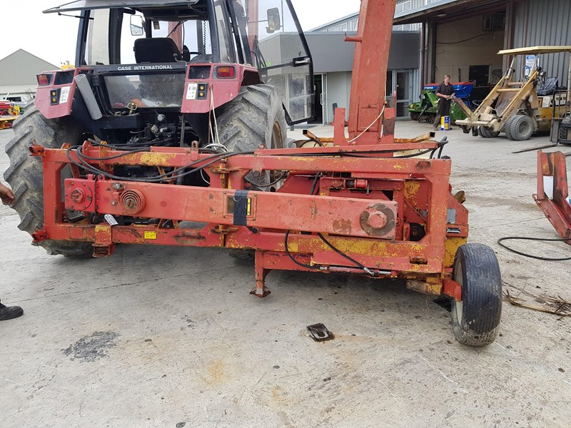 PZ MH160 SU 2 ROW MAIZE HARVESTER for sale