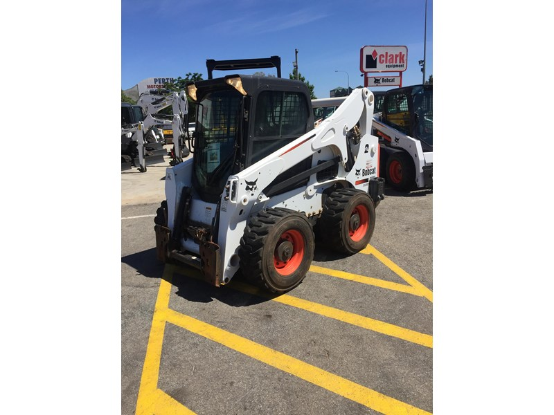 bobcat a770 (all wheel) - low hours 654904 003