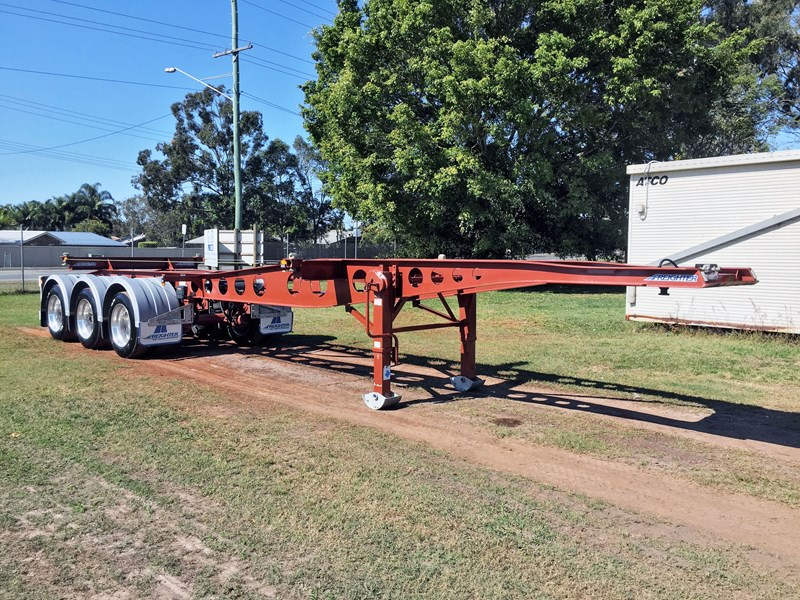 maxitrans skeletal trailer 641423 001