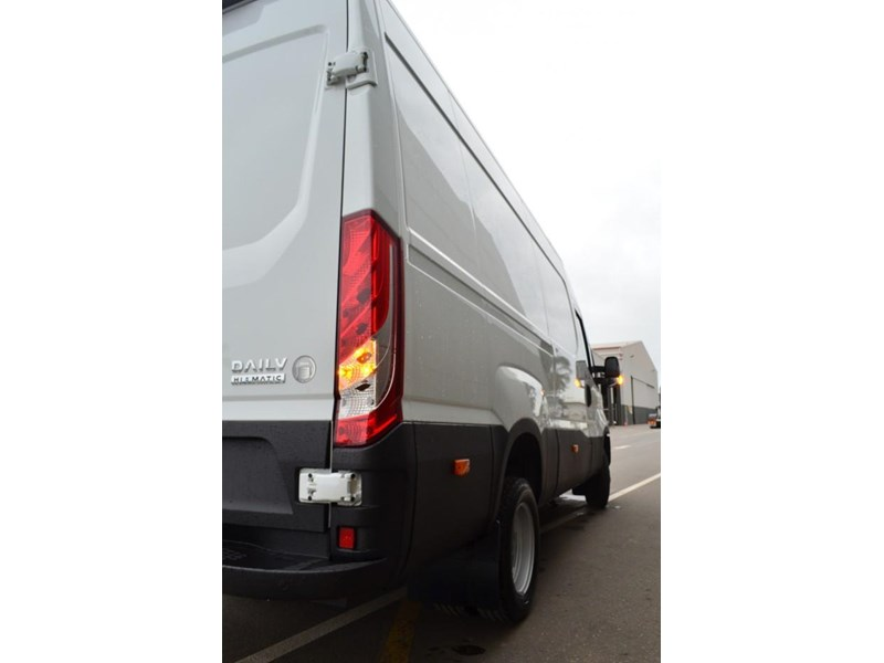 iveco daily 50c 17/18 633847 003
