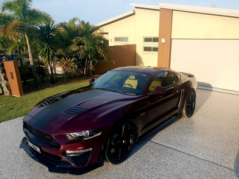 ford mustang 669049 001