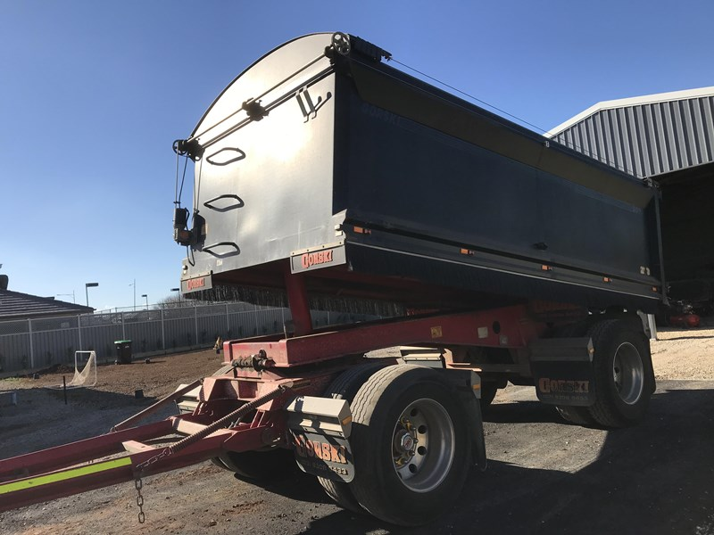 gorski 2 axle tipper 669051 005