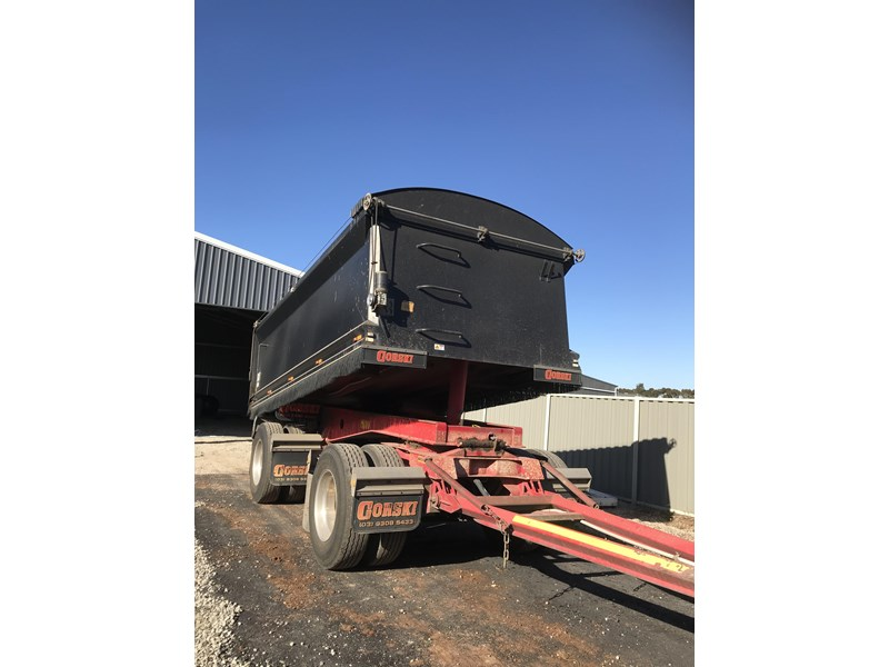 gorski 2 axle tipper 669051 007