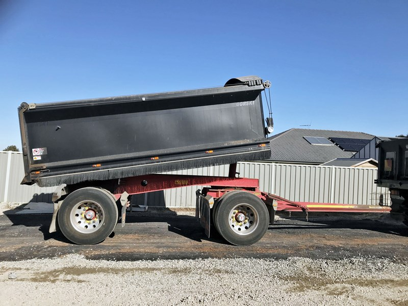 gorski 2 axle tipper 669051 003