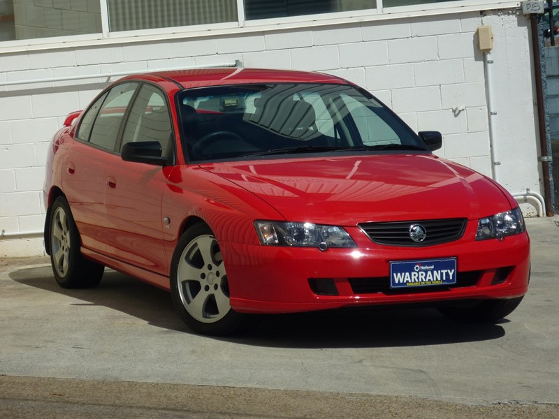holden commodore 669002 002