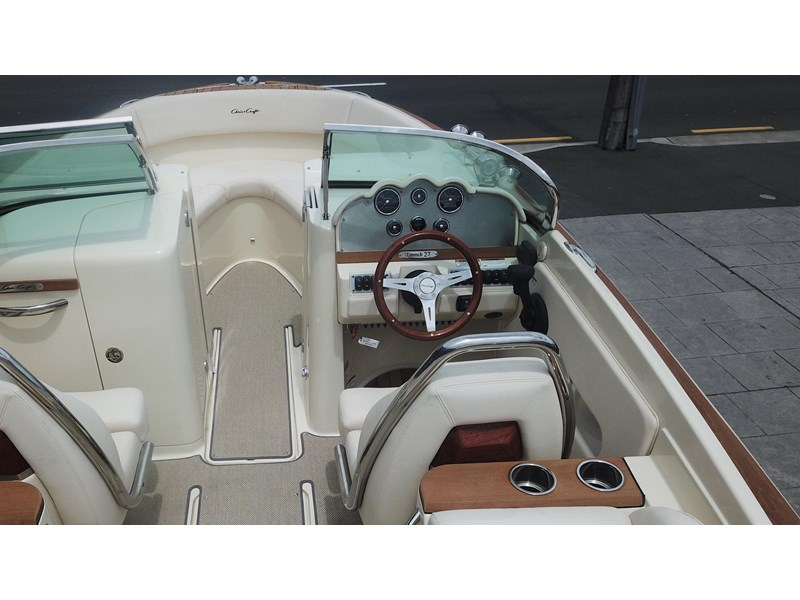 chris craft launch 27 661838 019