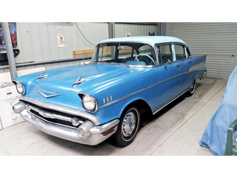 chevrolet bel air 672256 001
