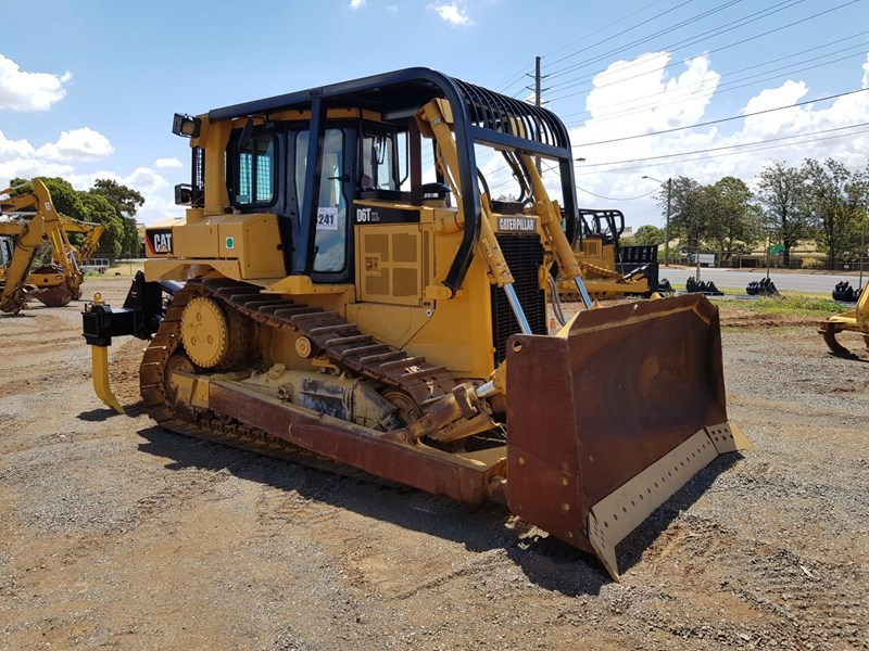 caterpillar d6t xl 666195 002