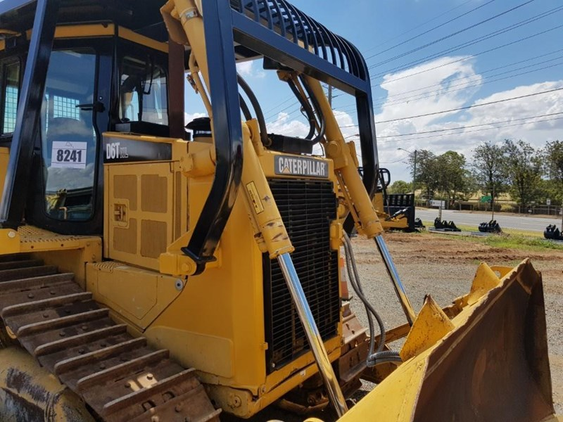 caterpillar d6t xl 666195 025