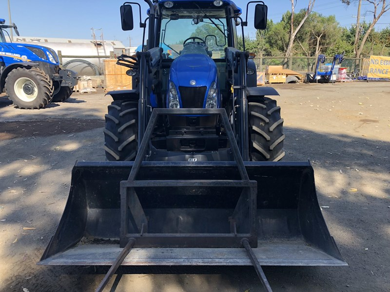 NEW HOLLAND T5050 for sale