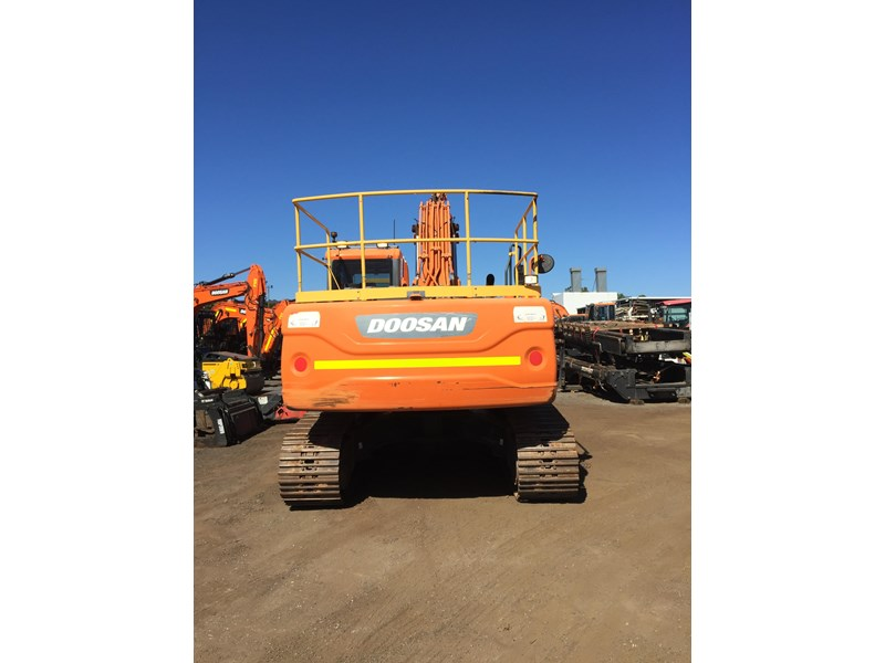 doosan dx225lc - excellent condition 654928 003