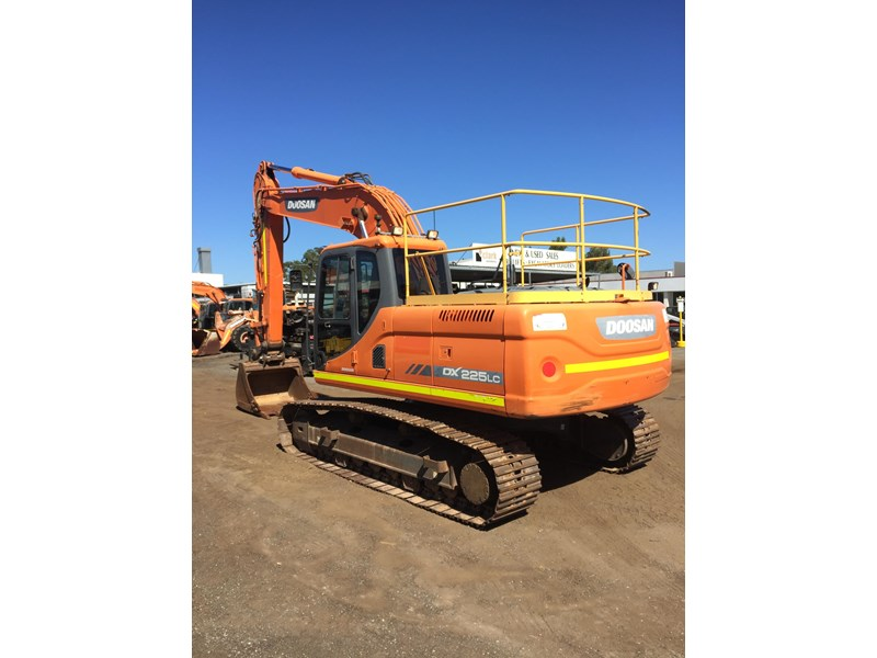 doosan dx225lc - excellent condition 654928 004
