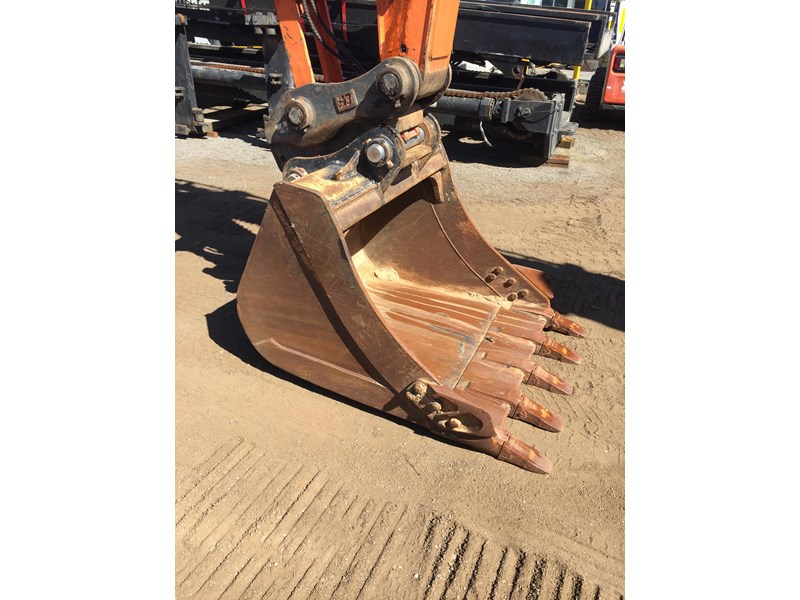 doosan dx225lc - excellent condition 654928 010
