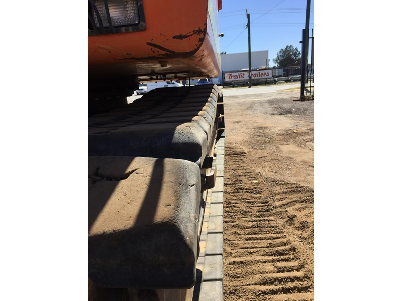 doosan dx140lc - rubber track - great condition 655127 010