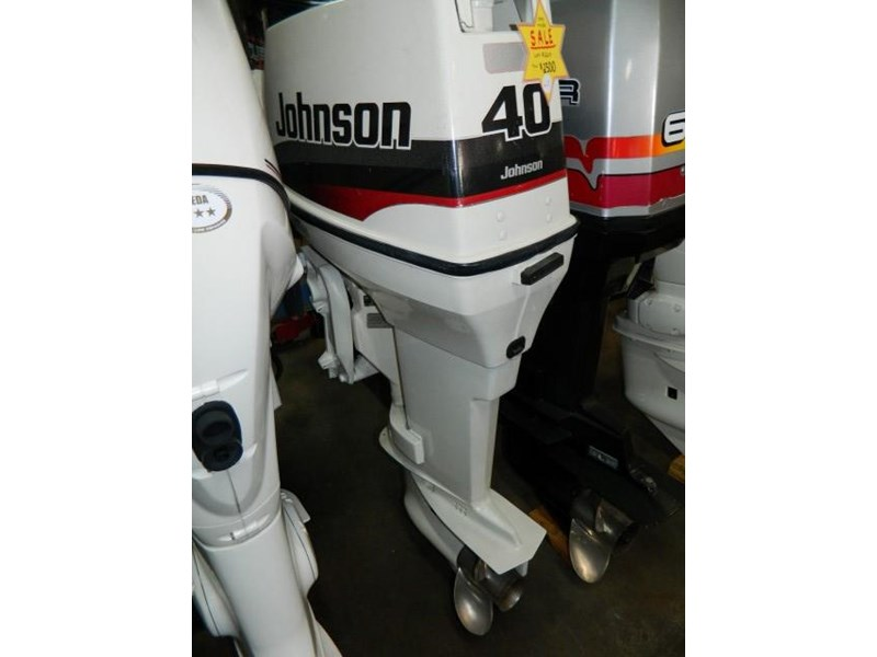 johnson 2 stroke 640425 002