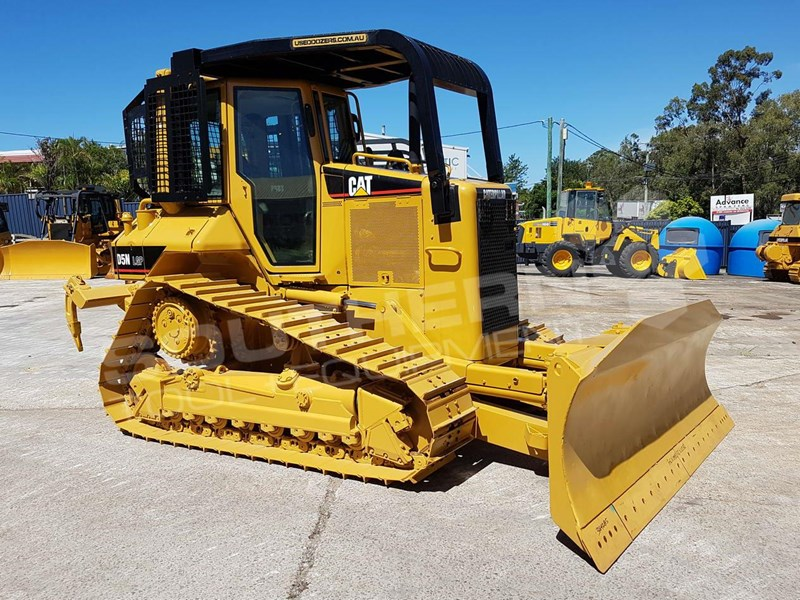 CATERPILLAR D5N LPG Bulldozer with Canopy Sweeps for sale