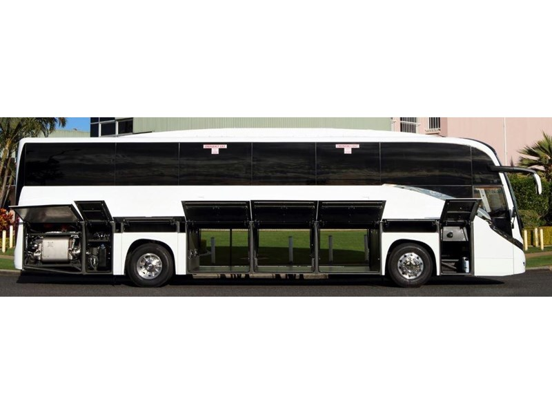 yutong c122 luxury coach 675821 006