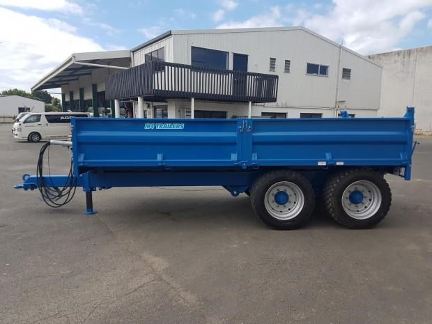 m4 12t drop-side tipper 188001 012