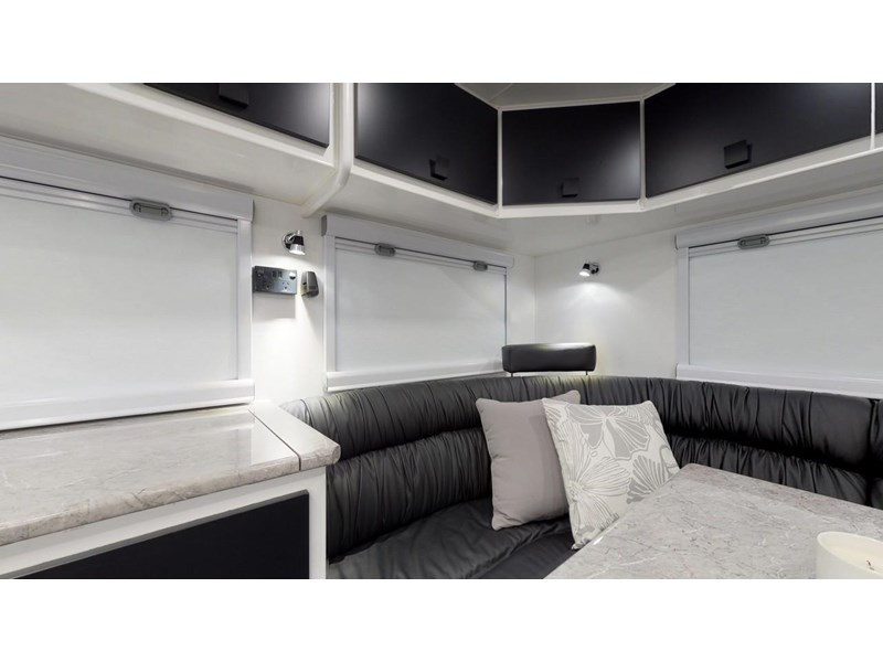 other salute caravans governor 22ft off road 676466 022