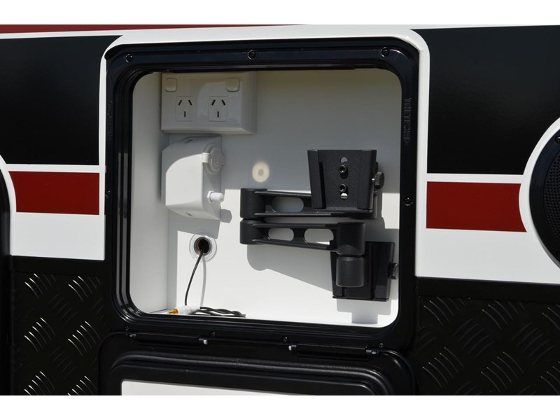 "other salute caravans sabre 20ft 6"" semi off road 676469 012"